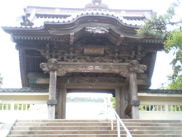 江ノ島龍口寺門.JPG